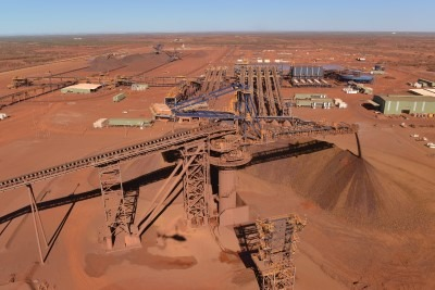 This is a photograph of part of the Roy Hill infrastructure that Monford Group was involved in completing the works of. It shows the seperation of ore being undertaken via gigantic conveyor belt.